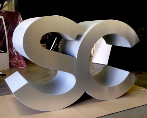 Custom 3D Lettering